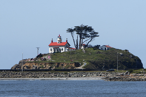 Danger, Intrigue, History and Epic Views – Put a Lighthouse Stay on your Bucket List